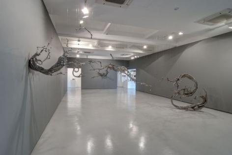 Installation view, Zheng Lu: Reflections on Still Water, Sundaram Tagore Gallery, April 15 - May 19, 2016