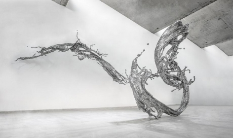 , Water in Dripping - Splashing, 2014, stainless steel, 127 x 190 x 340 inches/322.5 x 482.6 x 863.6 cm