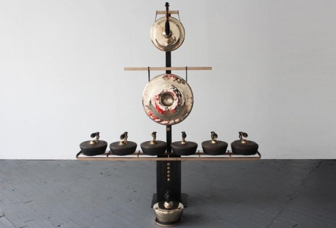 , Gamelatron Segitiga in Bronze, 72 x 76 x 20 inches