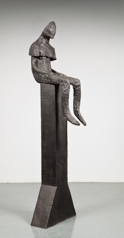 magdalena abakanowicz figure sitting on pole 1999 richard gray gallery