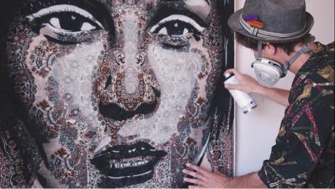 Focus on Mateo at Galerie Leroyer - Art on carpet