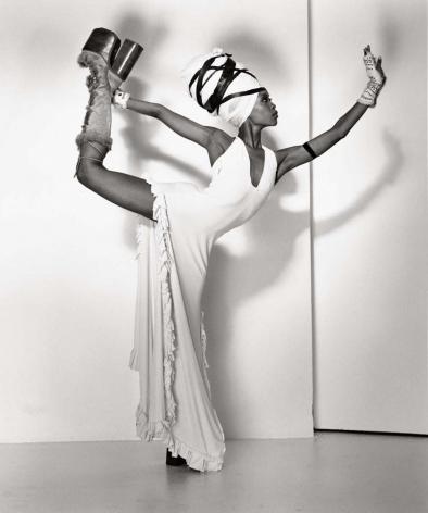 Erykah Badu 1, Hollywood, 2001, 14 x 11 Inches, Silver Gelatin Photograph, Edition of 6