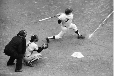 Mickey Mantle Hitting Overhead, World Series, Yankee Stadium, NY, 1962, 16 X 20 inches, Ed. of 150