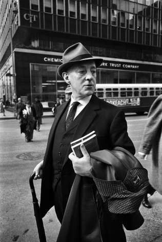 Alec Guiness, NY, 1964, Silver Gelatin Photograph
