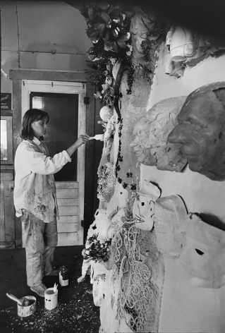 Niki de Saint Phalle (standing), (Later Print made in Artist's lifetime), 1963