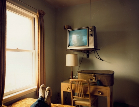 Stephen Shore, Room 125, West Bank Motel, Idaho Falls, Idaho, 1973