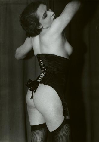 brassai, le corset noir