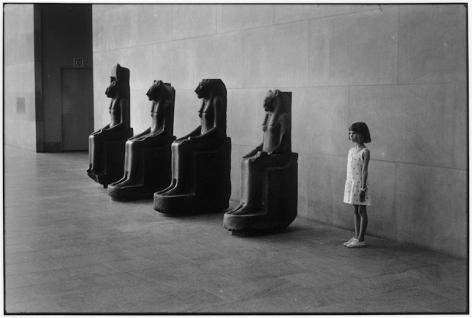 elliott erwitt metropolitan museum nyc