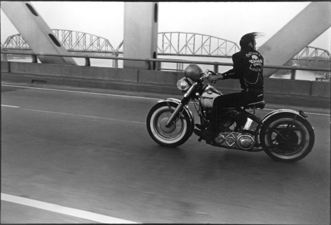 Danny Lyon Crossing the Ohio Louisville