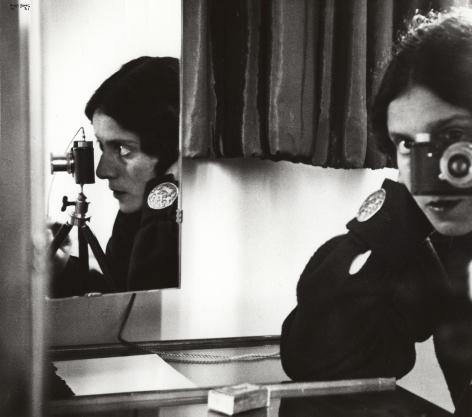 Ilse Bing, self-portrait with leica, paris