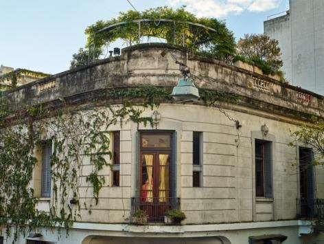 Out My Window, Gold Curtains, Estados Unidos, San Telmo, Buenos Aires, 2016