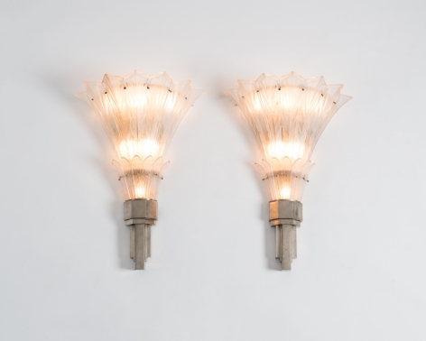 subes sconces