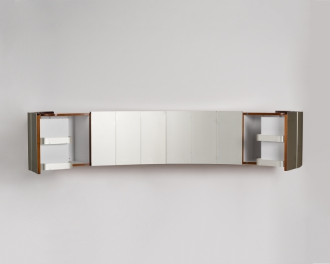 Maxime Old Cabinet