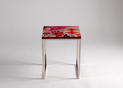 Kiku, High Gloss Side Table