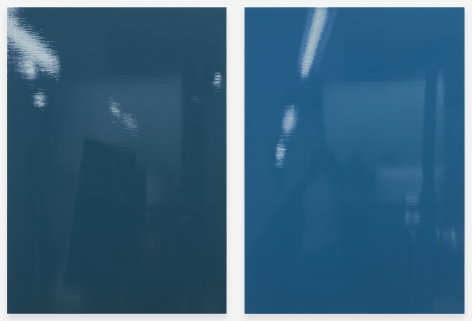 Kate Shepherd Groove (bolts), 2019 Enamel on panel Diptych; each: 42 x 30 inches (106.7 x 76.2 cm) Overall: 42 x 63 inches (106.7 x 160 cm) GL14478 (Photographed with reflections)