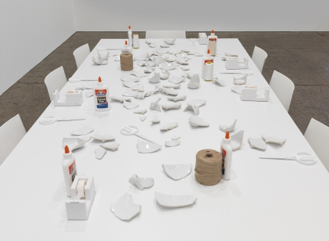 Yoko Ono  Mend Piece (Galerie Lelong Version), 1966/2015