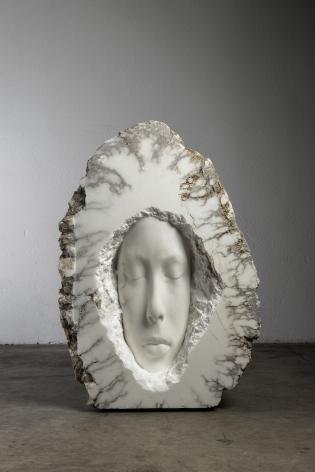 Jaume Plensa FLORA (nest), 2021 Alabaster 59 1/8 x 41 3/4 x 21 1/4 in (150 x 106 x 54 cm) 998 kg (GL15061)