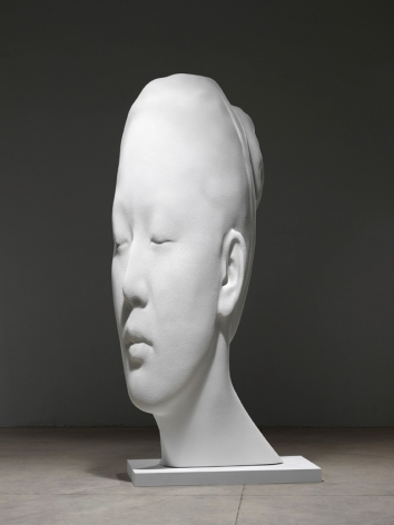 Jaume Plensa Laura Asia in White, 2017 Resin and marble dust 122 x 55 x 71 inches (310 x 140 x 180 cm)