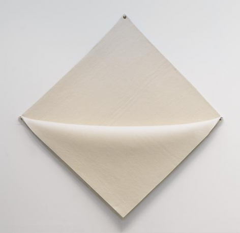 ROBERT MORRIS Untitled (white felt)