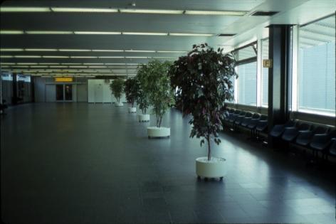 Martha Rosler Hamburg Airport 1993