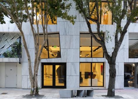 Installation view of Mitchell-Innes & Nash in Miami Design District, Miami, Florida, 2020
