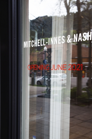 Exterior view of Mitchell-Innes & Nash in Aspen, 2021