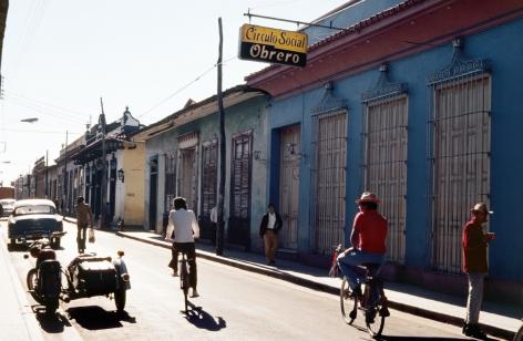MARTHA ROSLER Worker's Club, Trinidad