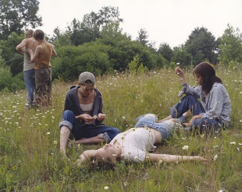 JUSTINE KURLAND Daisy Chain 2000