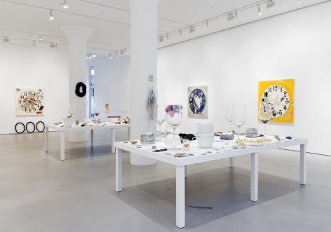 AMANDA ROSS-HO Installation view ofMY PEN IS HUGEat Mitchell-Innes & Nash, New York, 2017