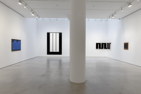 Installation view of Meander