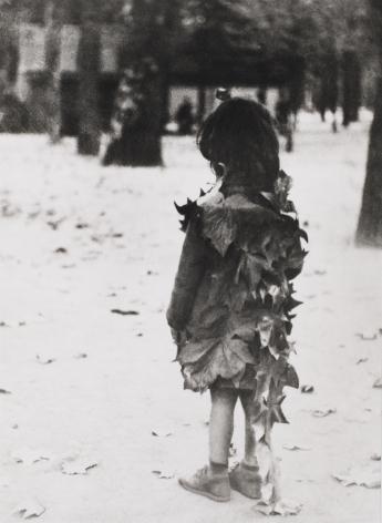 Edouard Boubat (1923-1999)  Jardin de Luxembourg, 1946  Gelatin silver print  16 x 12 inches (paper) 14 x 95 inches (image)  EB_005, Black and White Photography