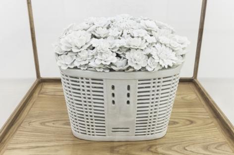 Bicycle Basket with Flowers 带花的自行车篮, 2014