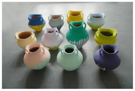 Ai Weiweiè‰¾æœªæœª Colored Vases 彩陶瓶