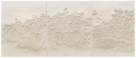 1,400,940 Pinpricks1,400,940孔2018Handmade paper 手工宣纸3 panels,486 x 160cm (191x 63 in) each