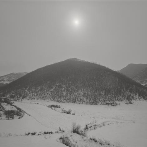 Taca Sui 塔可 (b. 1984), Odes of Qin and Bin I – Mountain under the Sun 秦风•豳风I – 太阳下的山, 2011