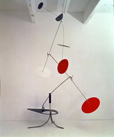 Alexander Calder Trois noirs sur un rouge, 1968