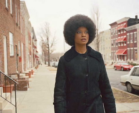 Baltimore Series (Angela in Brown), 2003. Color photograph, 48.75 x 39.37 inches. Edition of 6. MP 19
