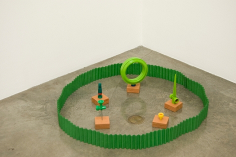 Garden, 1983. Six pieces: plastic, wood, metal, approx. 39 inches in diameter. MP 19