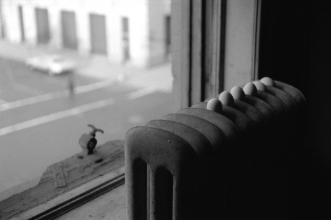 Louise Lawler photograph of eggs on a radiator