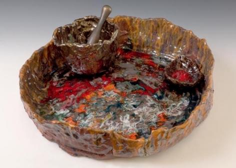 Mortar & Pestle, 2007. Ceramic, formica pedestal, sculpture: 5 x 19-1/2 x 17-1/2 inches (12.7 x 47 x 41.9 cm); pedestal: 30 x 26 x 26 inches (76.2 x 66 x 66 cm). MP 27