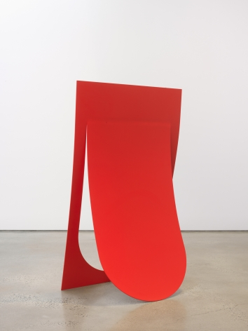 Judith Hopf - Standing Tongue, 2019.
