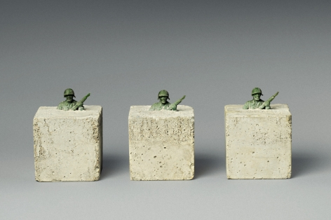 Michel Zwack three army men in concrete sculpture