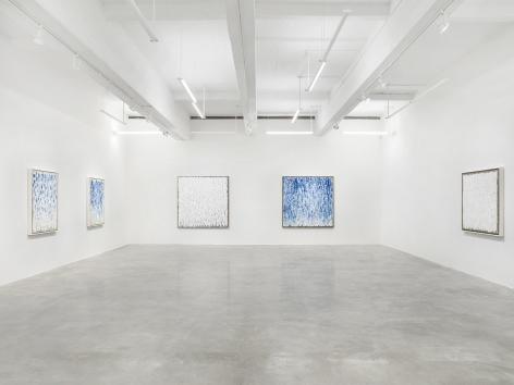 Installation view of Return to Color: Ha Chong-Hyun at Tina Kim Gallery. Image by Dario Lasagni.