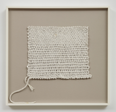 Sheila Hicks, Advancing, Beginning to End, 1970, Linen