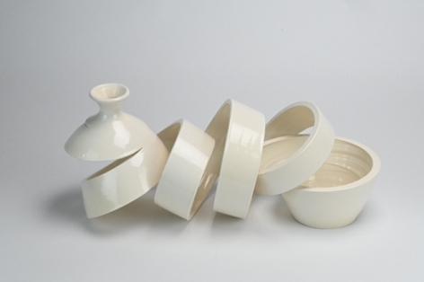 Ceramic vase sculpture by Michael Boroniec tilted Spatial Spiral: Venus, 2019 Ceramic with white glaze measuring 14.5 x 6.5 x 6.5 inches