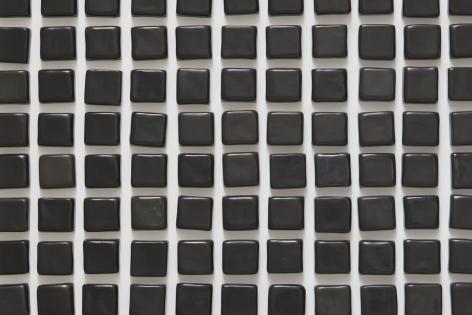 TERESA MARGOLLES El manto negro / The black shroud,2020 (detail)