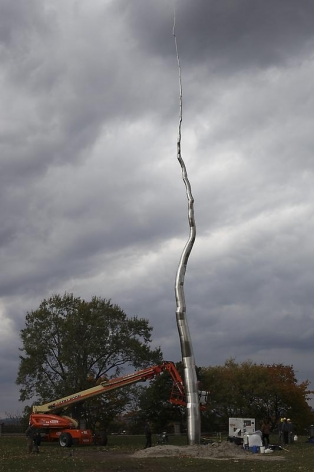 ROXY PAINE One Hundred Foot Line, 2010