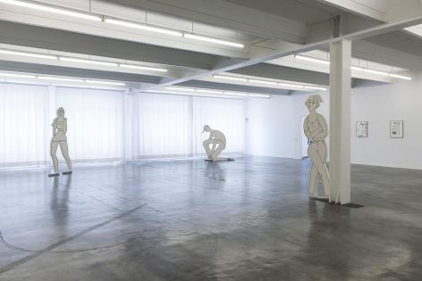 GRACE WEAVERInstallation view frompedestrian,Kunstverein Reutlingen,Germany, 2017