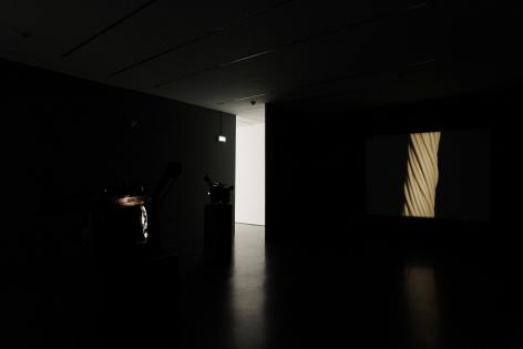 Tem gwef tem gwef dr rr rr, Kunsthalle Dusseldorf, DusseldorfSeptember 10 – October 9, 2011