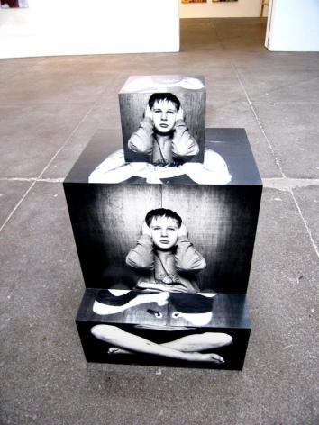 Richard Artschwager Live in your Head